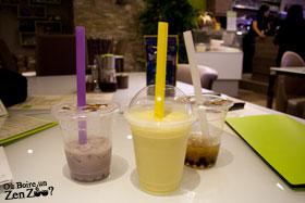 Zen Zoo au Taro (gauche) et smoothie ananas (au centre) Lychee (droite)